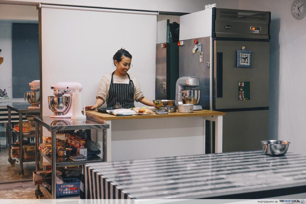 bakincalf baking studio & cakes
