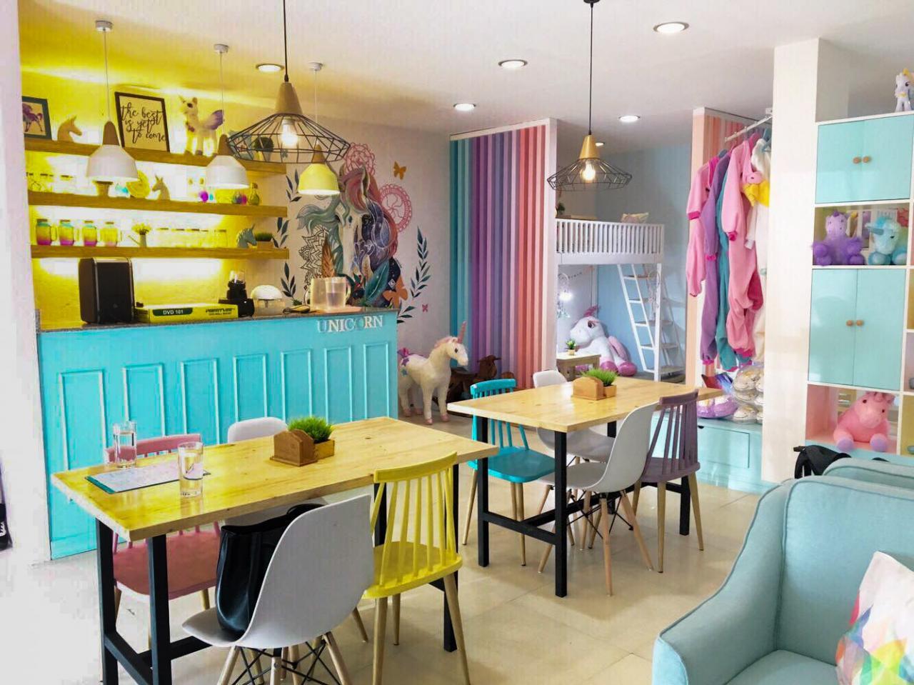 house of unicorns cafe interior