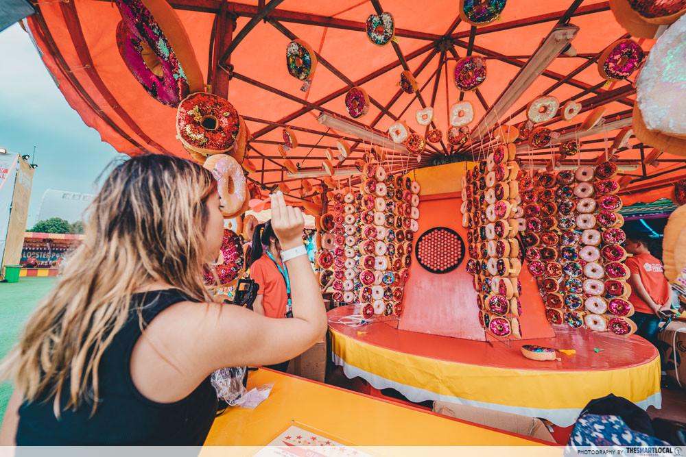 circle darts marina bay carnival