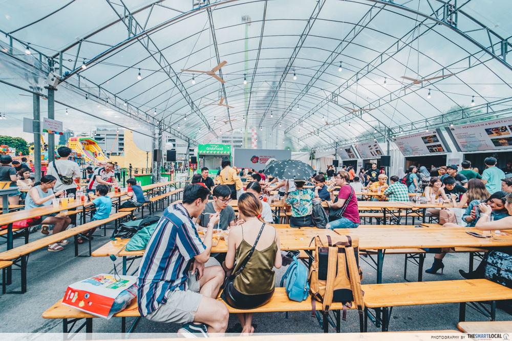 marina bay carnival food area