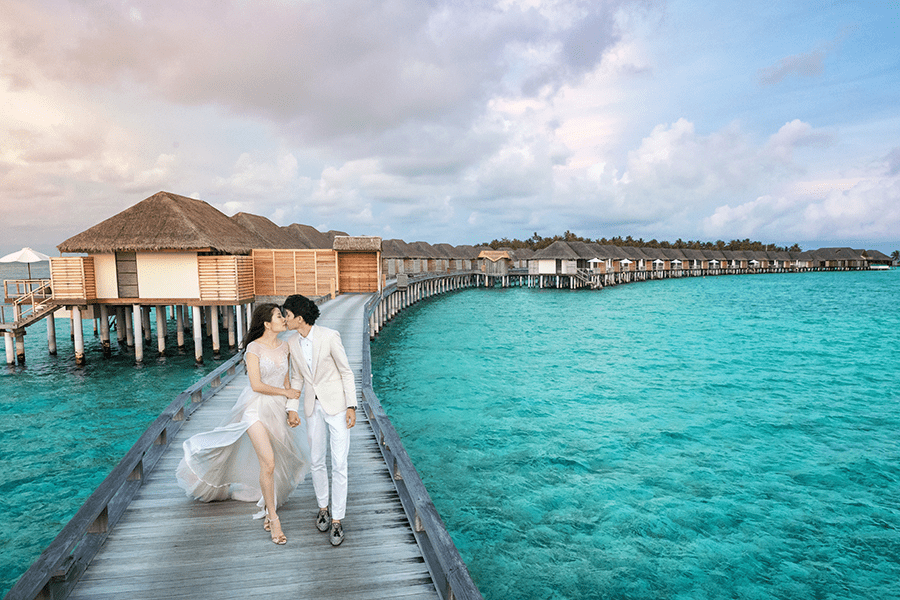 velassaru maldives resort boardwalk