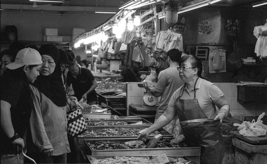 geylang serai market bustle