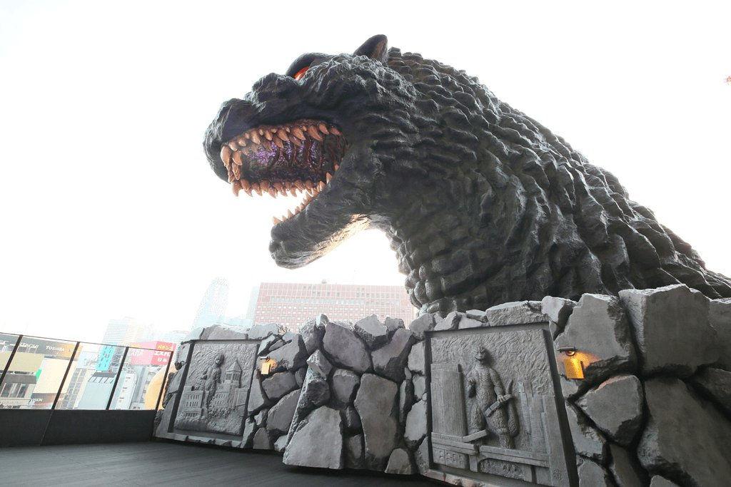 Hotel Gracery Shinjuku Godzilla