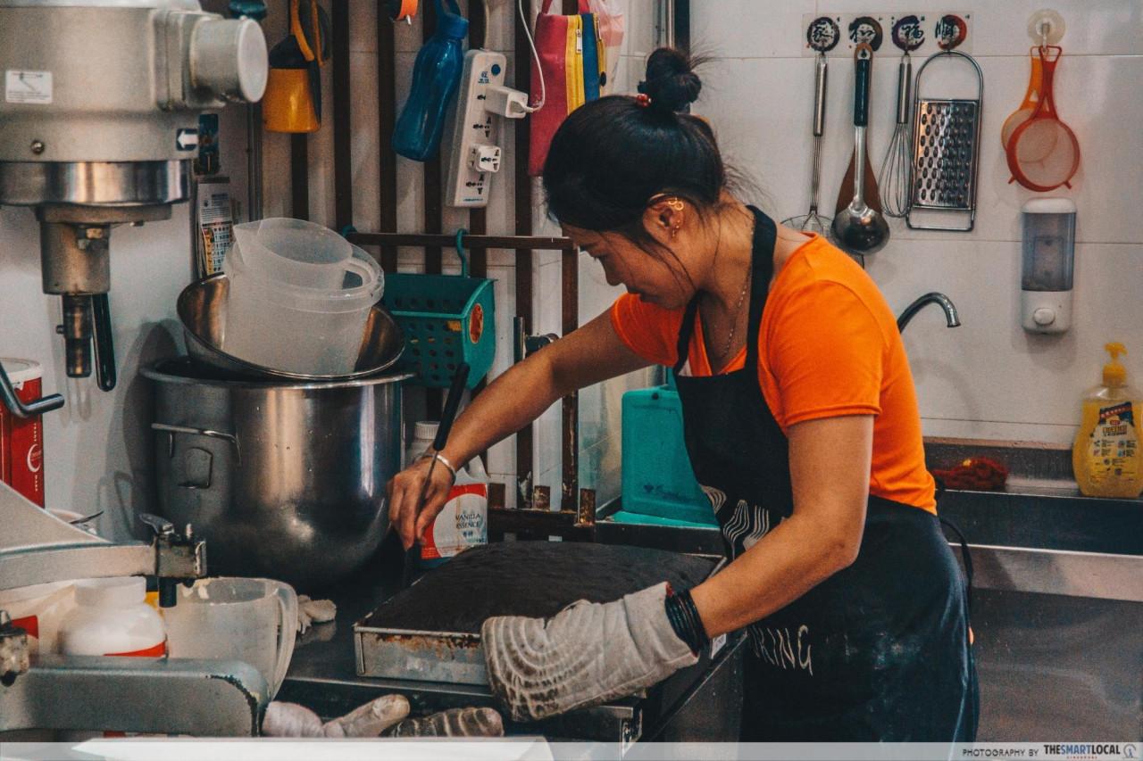 hong kao liao li kitchen cny snack bakery yishun