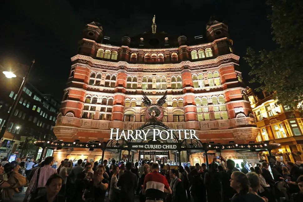 harry potter cursed child play london