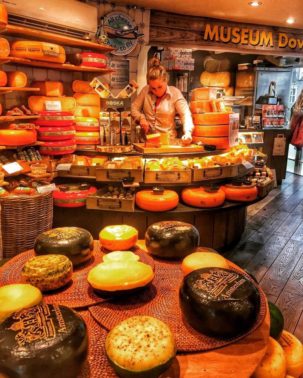amsterdam cheese museum holland