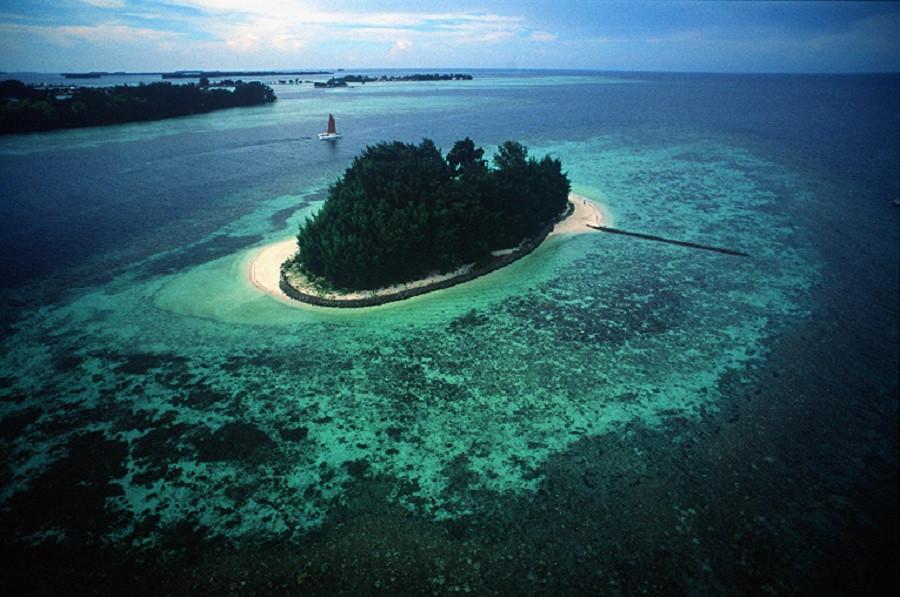 isle east indies island