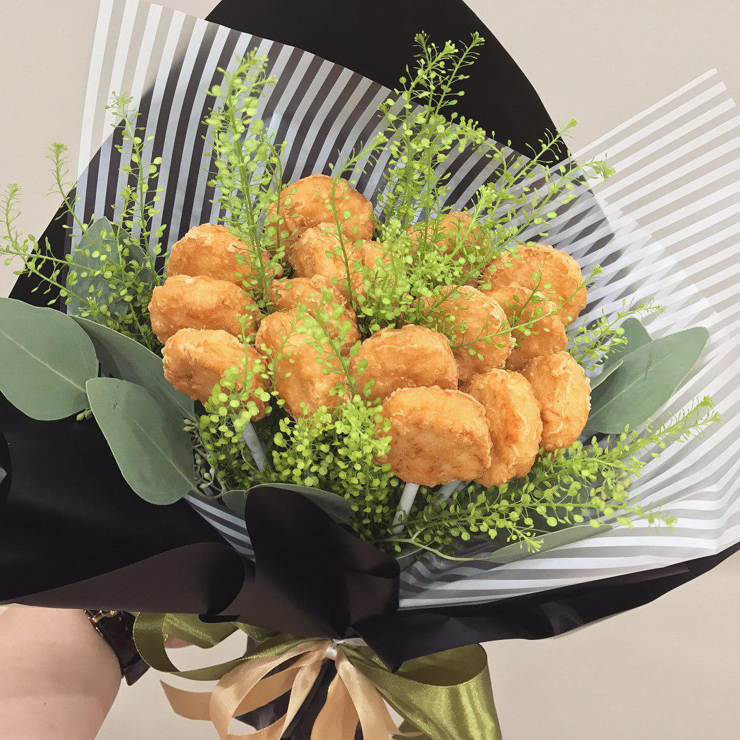 Edible bouquets for Valentine's Day 2019 - chicken nuggets
