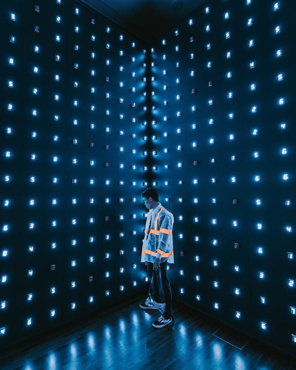 Minimalism: Light. Space. Object
