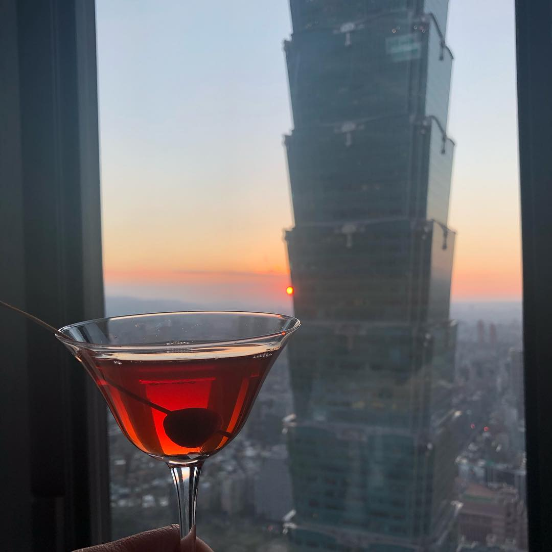 Restaurants in Taipei with unobstructed views - Saffron 46