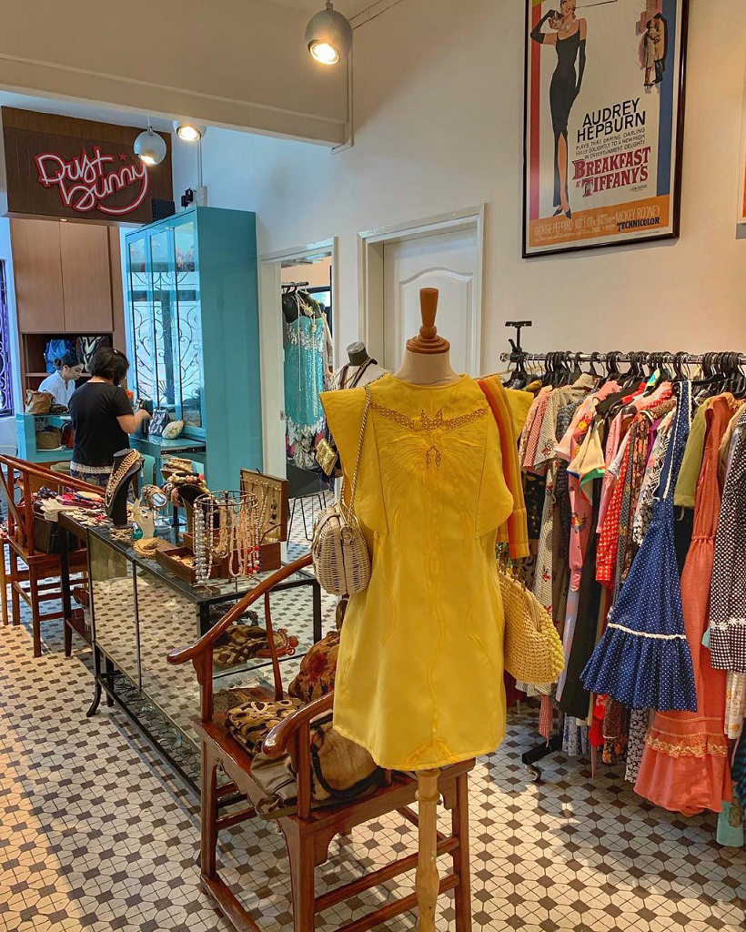 vintage clothing store singapore things to do march