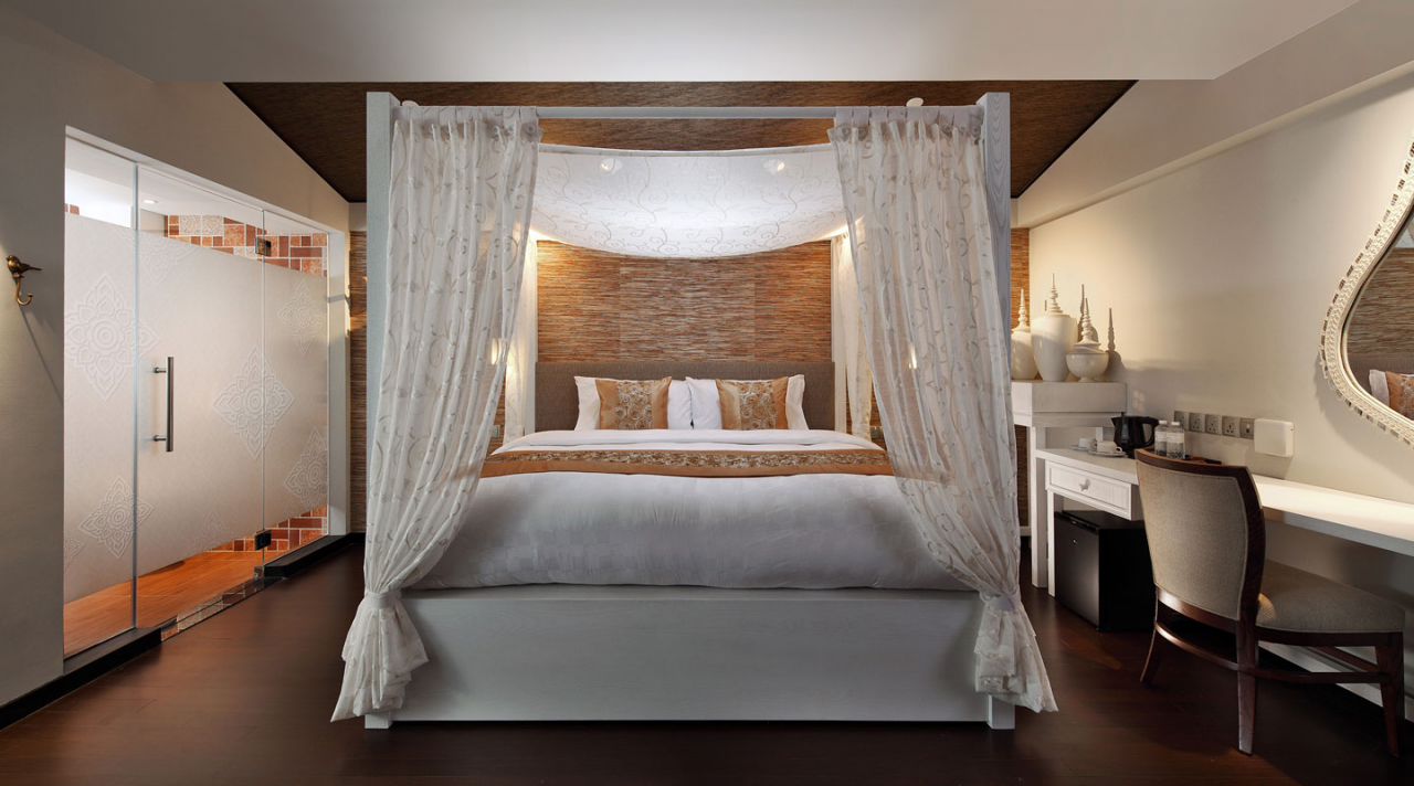 hotel clover 33 jalan sultan garden lavish suite jacuzzi hot tub