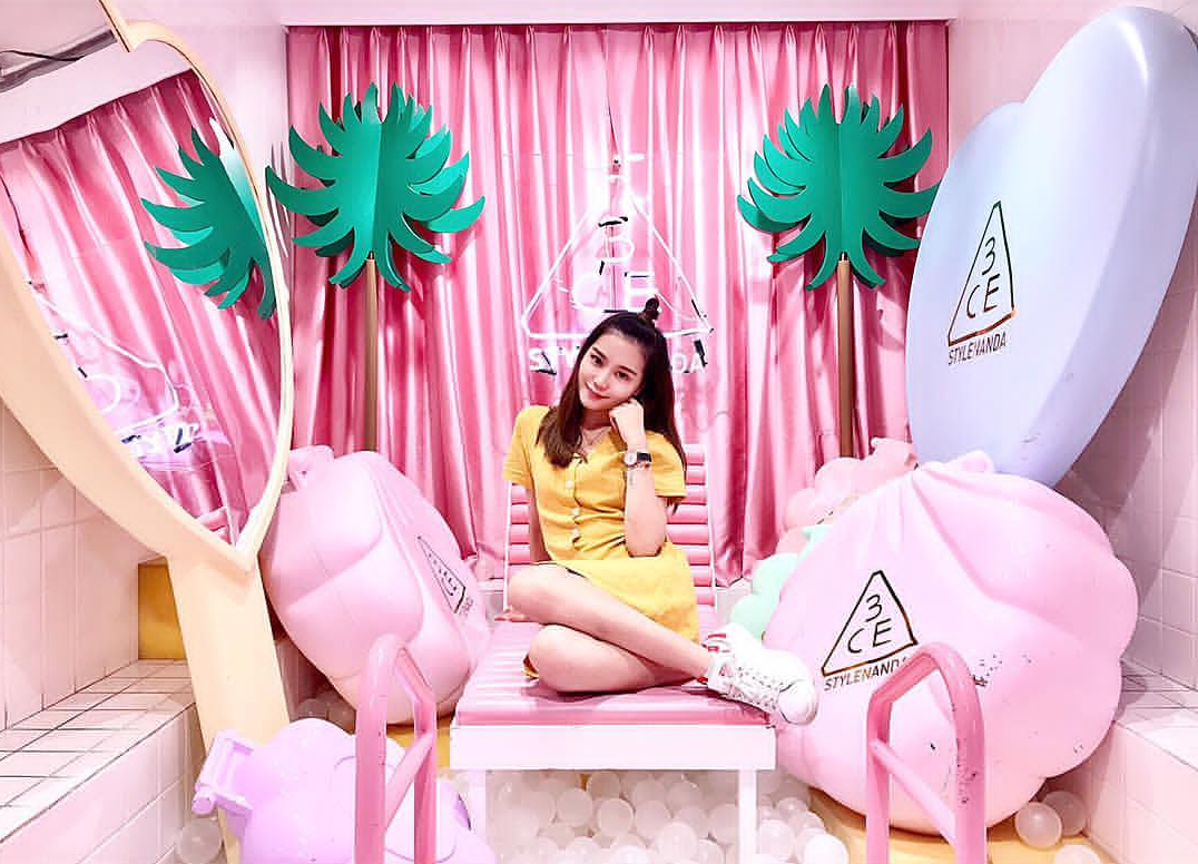 stylenanda pink hotel bangkok thailand korea pink shop themed 3ce makeup pink pool cafe