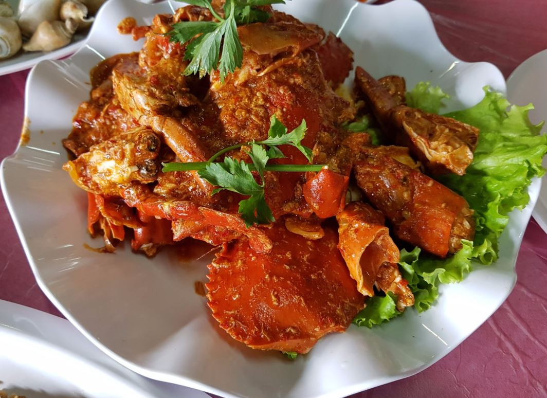 cheap batam seafood crab golden prawn 933 kelong style sea prawn chilli crab