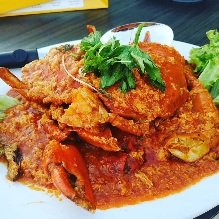 cheap batam crab seafood wey wey live seafood live music sea view chilli crab