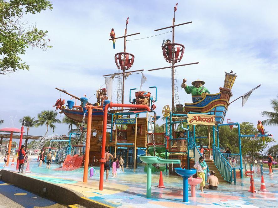 Free water playground Singapore