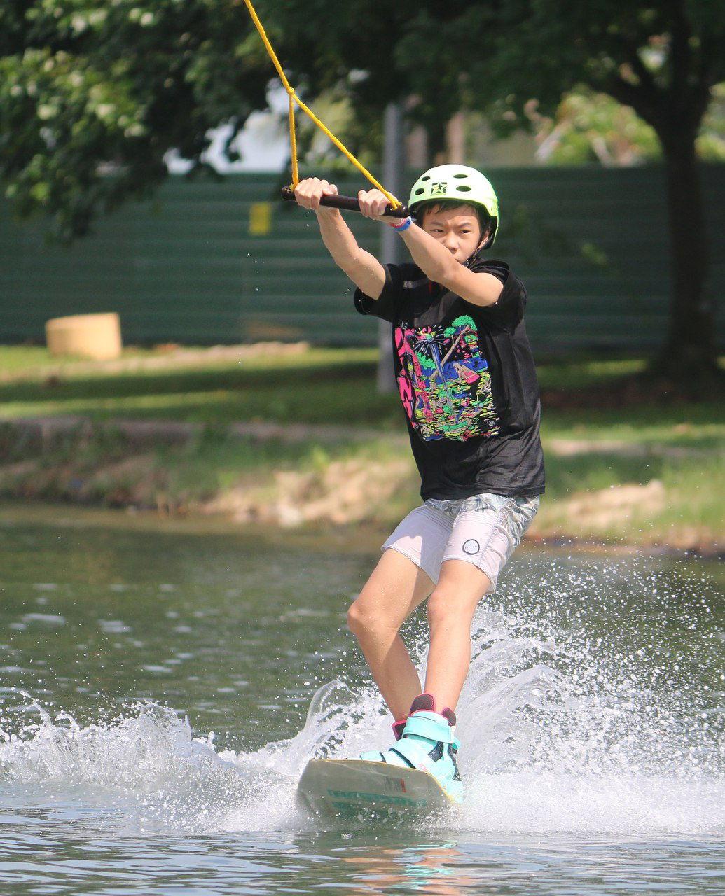 singapore wake park kid wakeboard