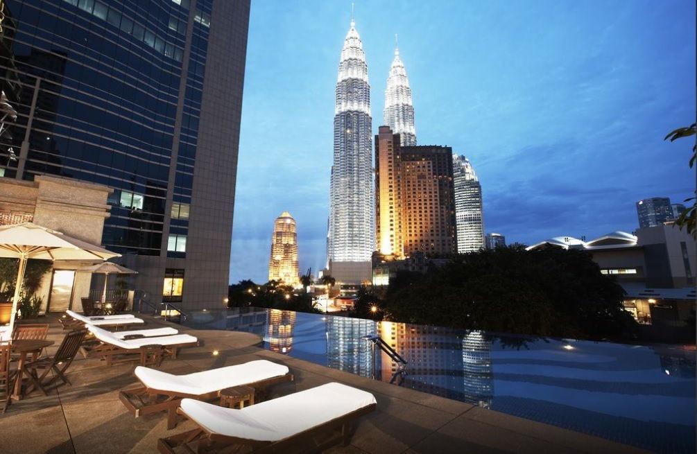 impiana klcc petronas twin towers swimming pool