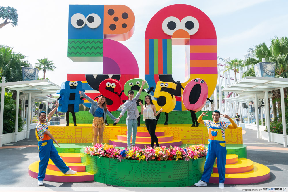 Sesame Street The Letter Of The Month Club.Universal Studios Singapore Has A Huge Sesame Street Party