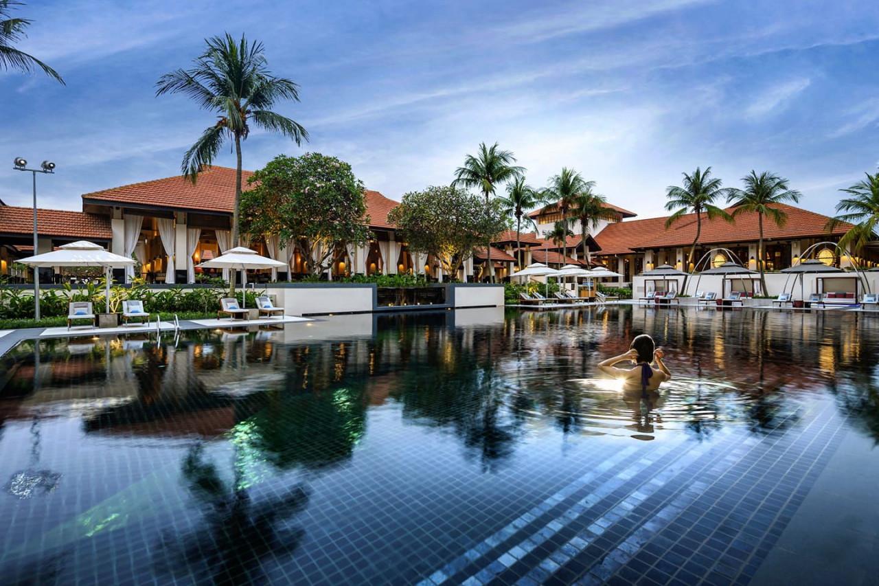 sofitel singapore sentosa resort and spa swimming pool