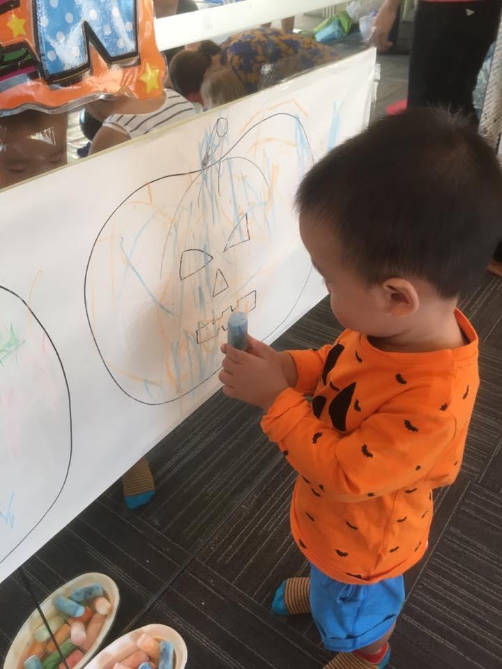 cheap affordable baby kids enrichment classes muckypups art classes babies