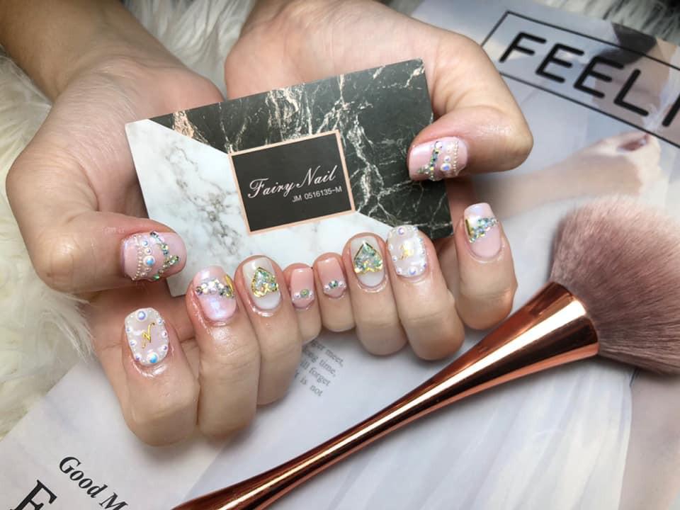 Fairy Nails' nails