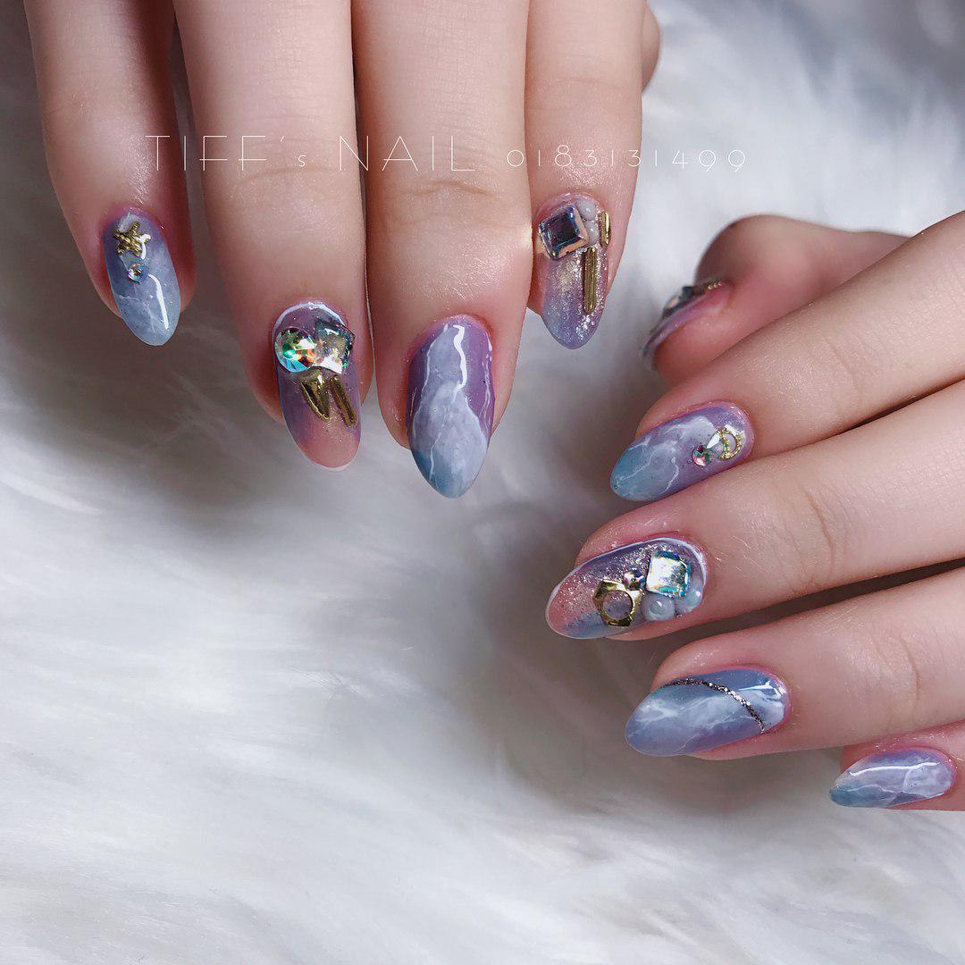 tiff's nails gems