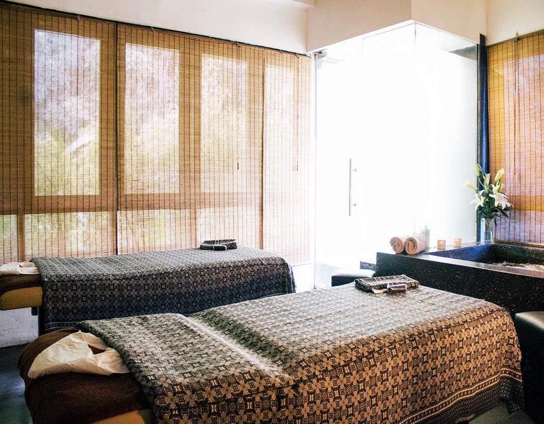 Lush Spa room
