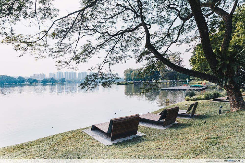 Deck chairs Lakeside Garden