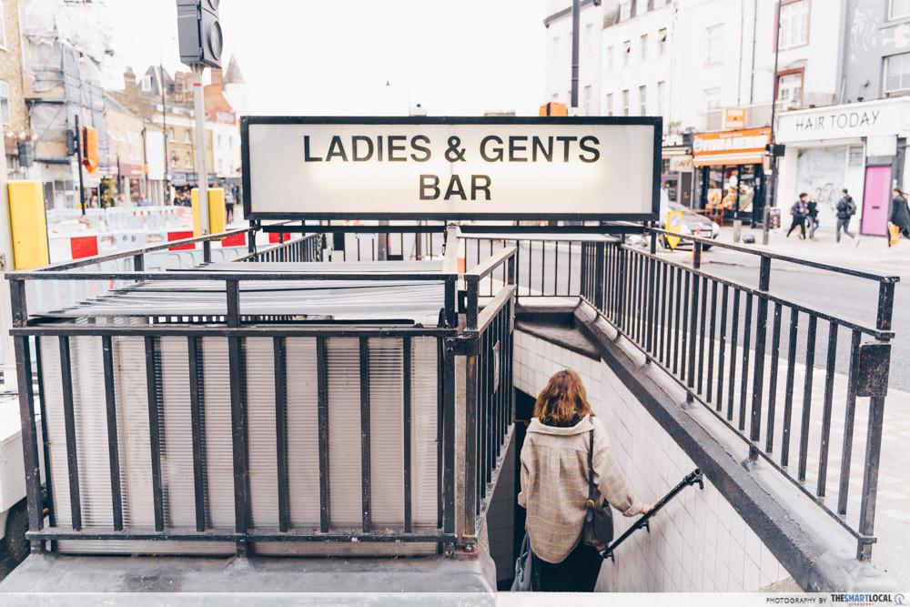 Underground toilet bar