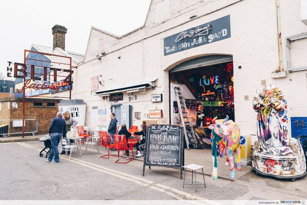 God's Own Junkyard - cafe