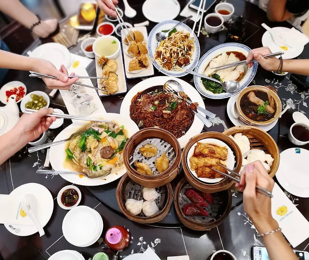 Sharing plates at Nature's Vegetarian