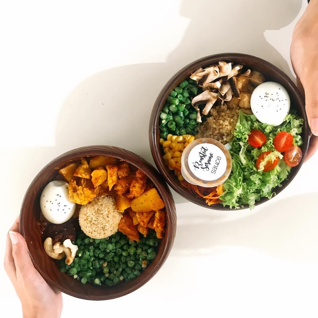 Healthy vegetarian rice bowls at Rawsome