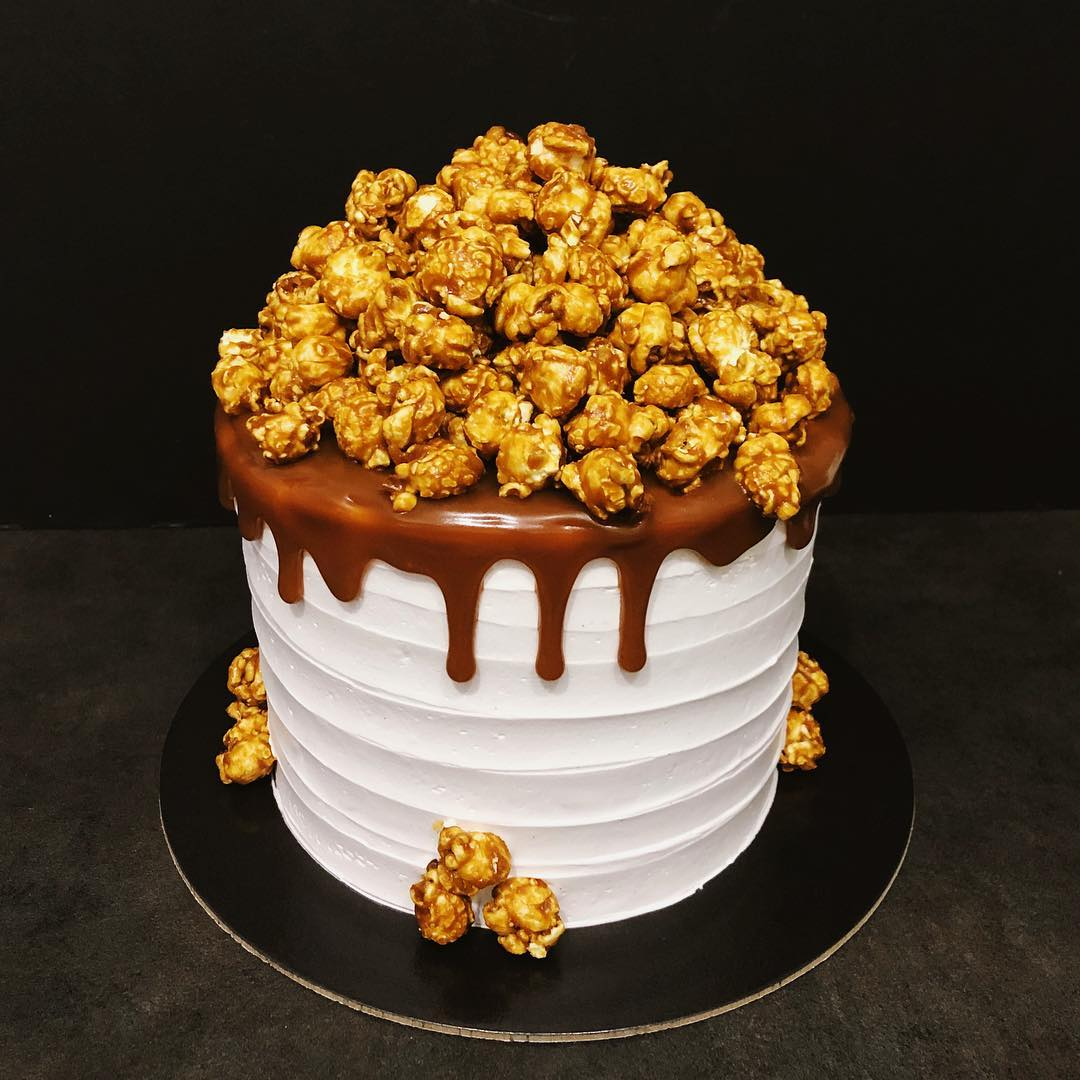 customised birthday cakes home baker singapore farah affandi snickers cake popcorn salted caramel