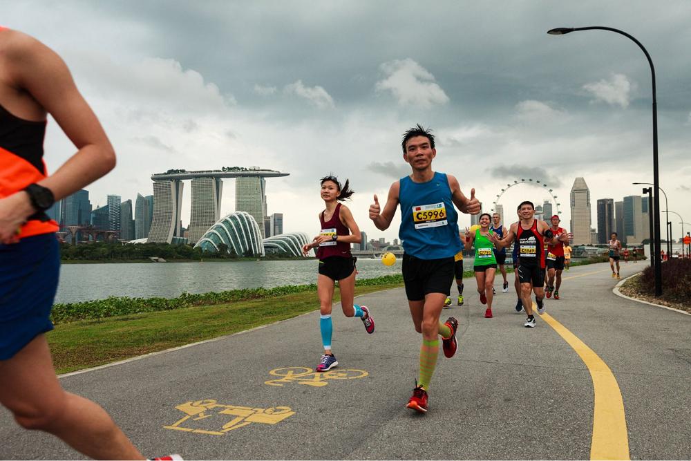 marathons runs in 2019 singapore standard chartered singapore marathon