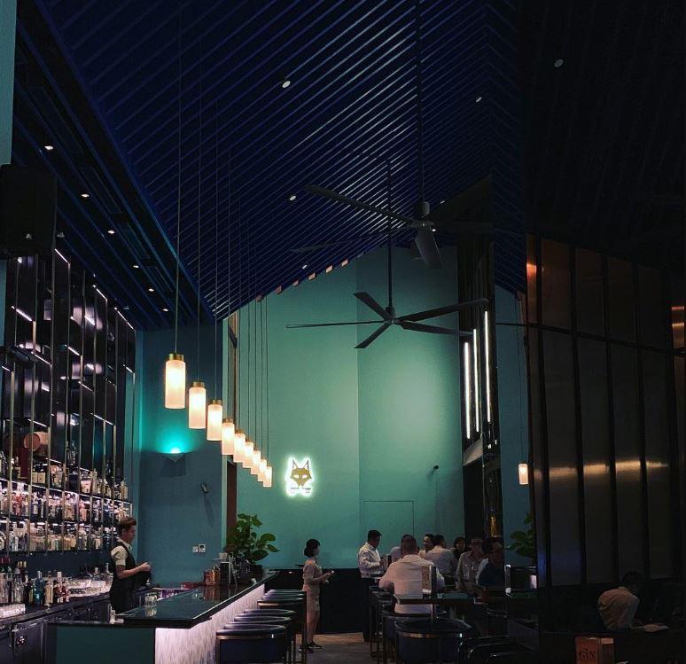 cin cin bar oasia hotel downtown