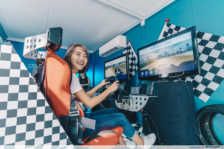 ACUVUE's Pop-up race car