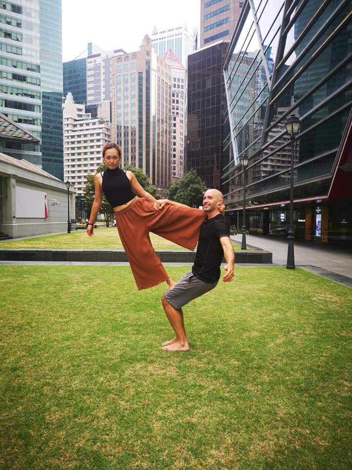 Acroyoga at Raffles Place