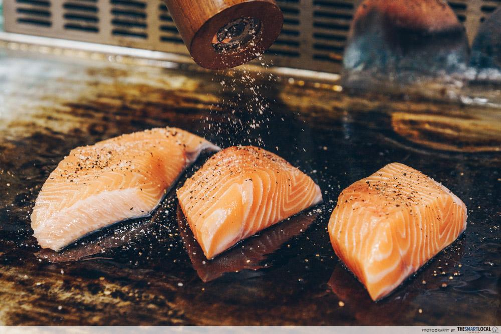 Salmon teppanyaki