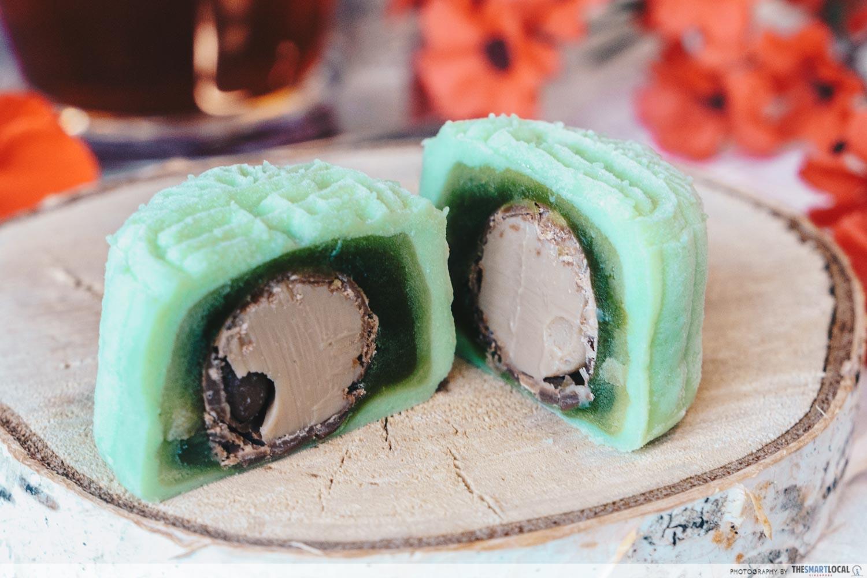 Holiday Inn Singapore Atrium 2019 Mooncakes Snowskin Green Tea Paste with Baileys Irish Cream Praline