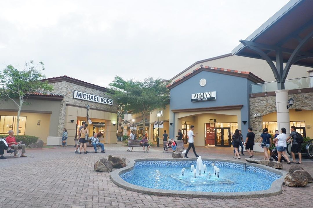 Outlet Stores In JB For Cheap Clothes, Shoes, and Bags johor premium outlet