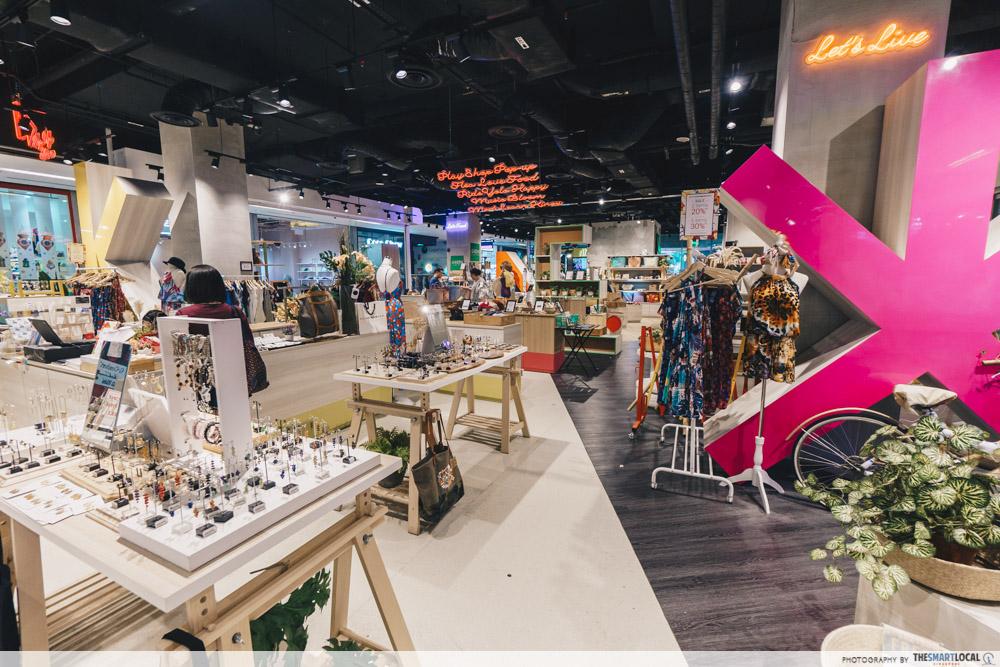 Kinex mall pop-up
