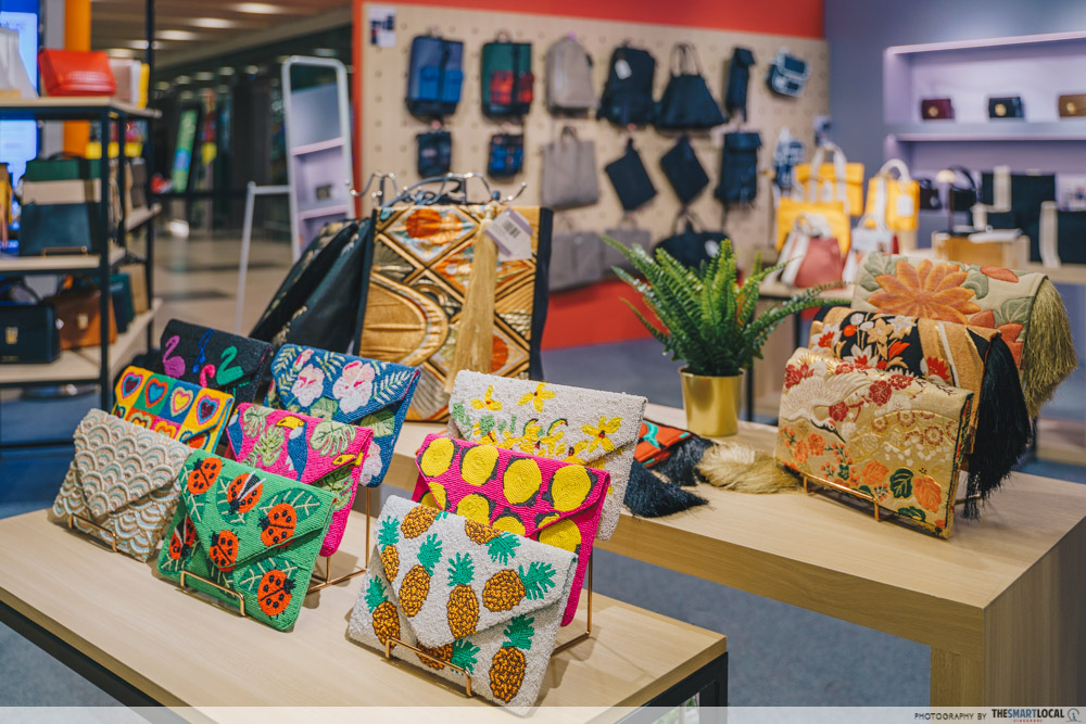 Sift & Pick Pop-Up 2019 Changi Airport Designer Bags CLUTCH ME BY Q