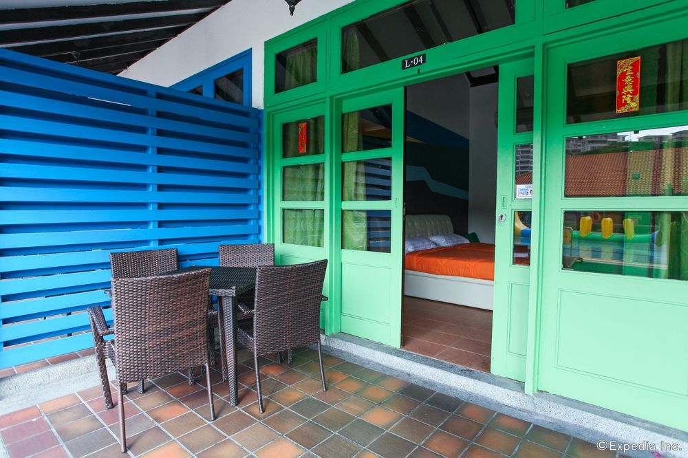 chalets in singapore - cherryloft resorts