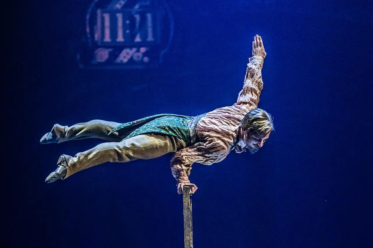 circus cirque de soleil