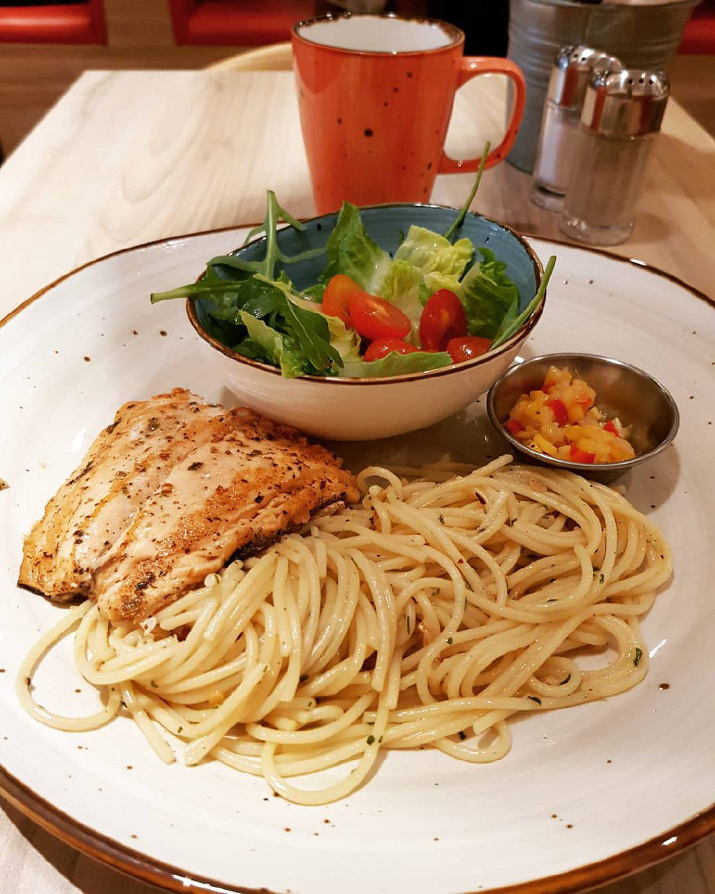 hot tomato steak and spaghetti student promotion