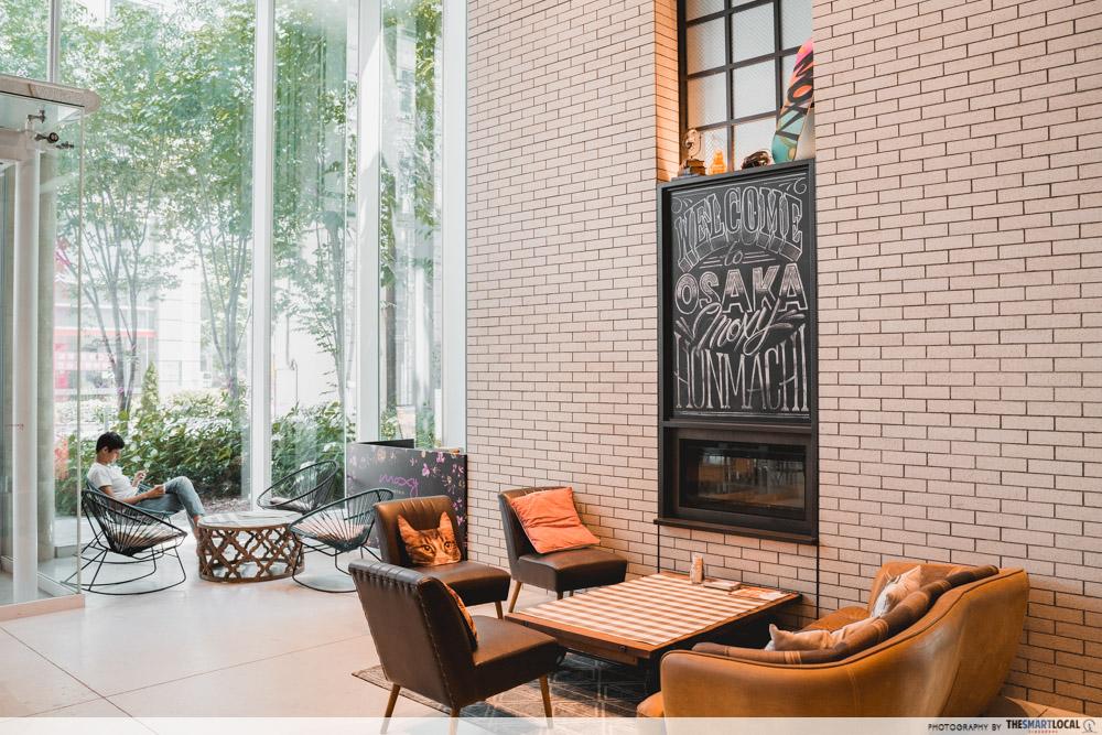 moxy hotel lobby seating area