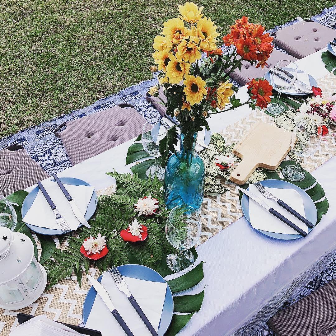 wondrous glamping picnic set