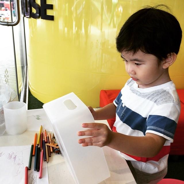QB House Kids Colouring Station
