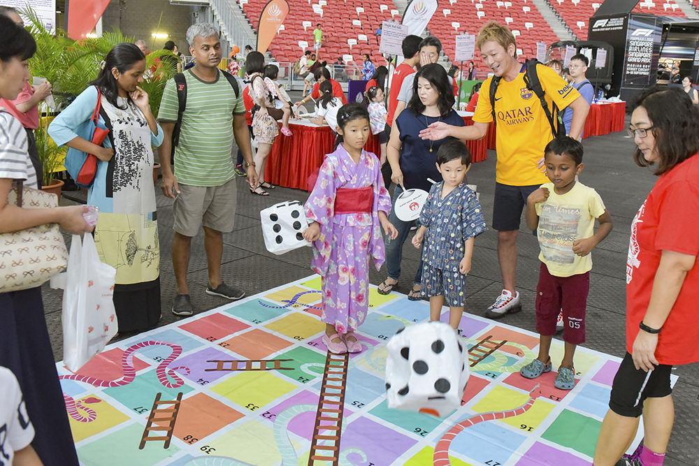 Japan Summer Festival 2019 - giant snakes and ladders